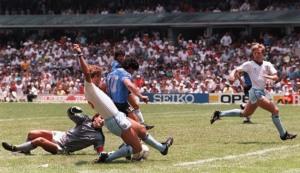 Gol de Maradona a Inglaterra (2-1) en México 86