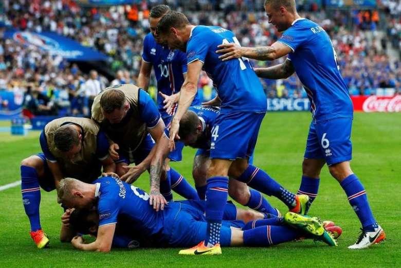 Islandia-mete-octavos-final_OLEIMA20160622_0159_28